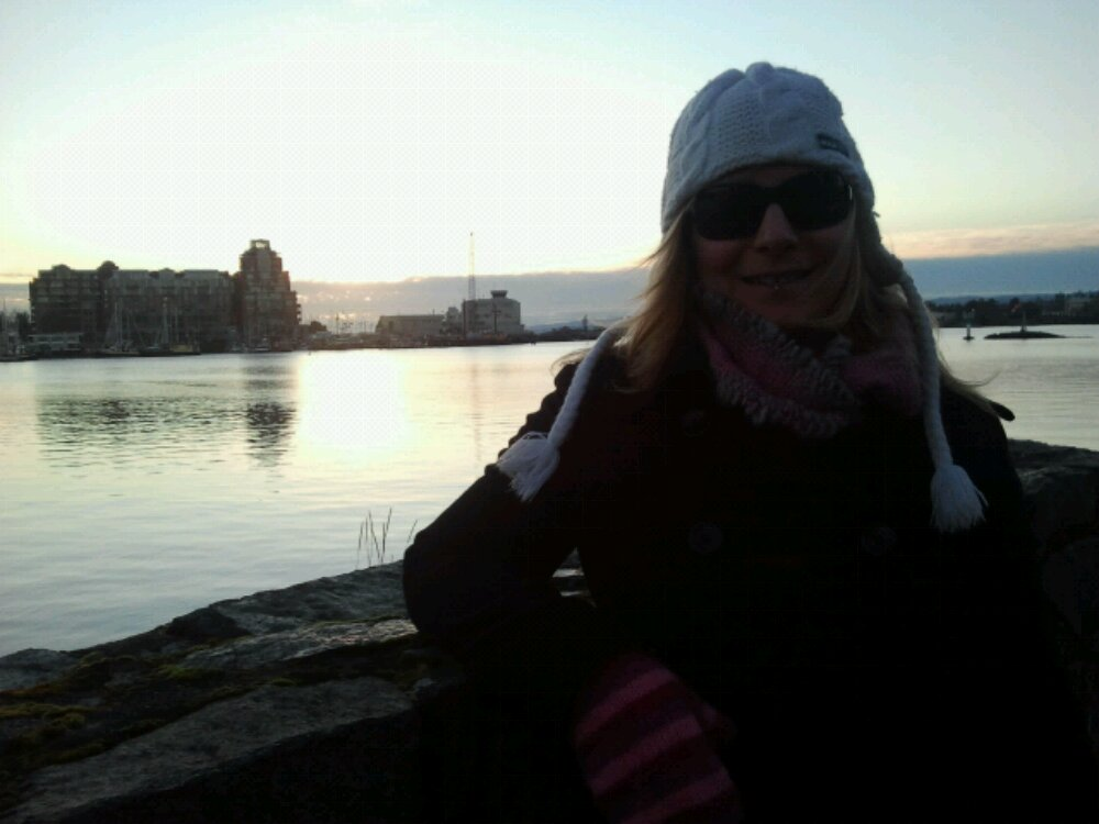 Spending the solstice in Victoria, sunset at the harbour