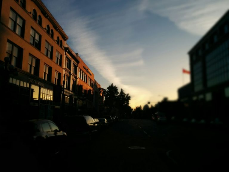 Sunset in Victoria #dowtown