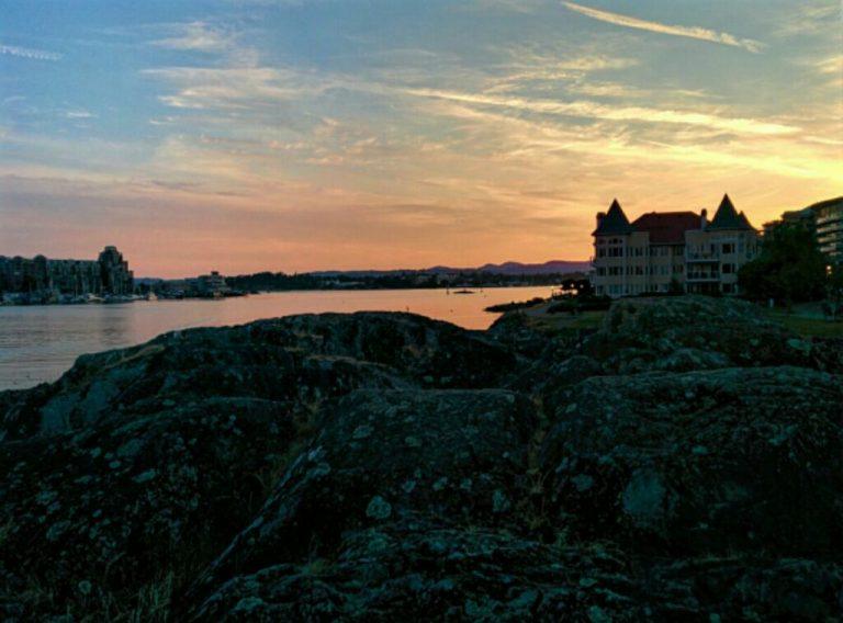 Twilight in Victoria Harbour