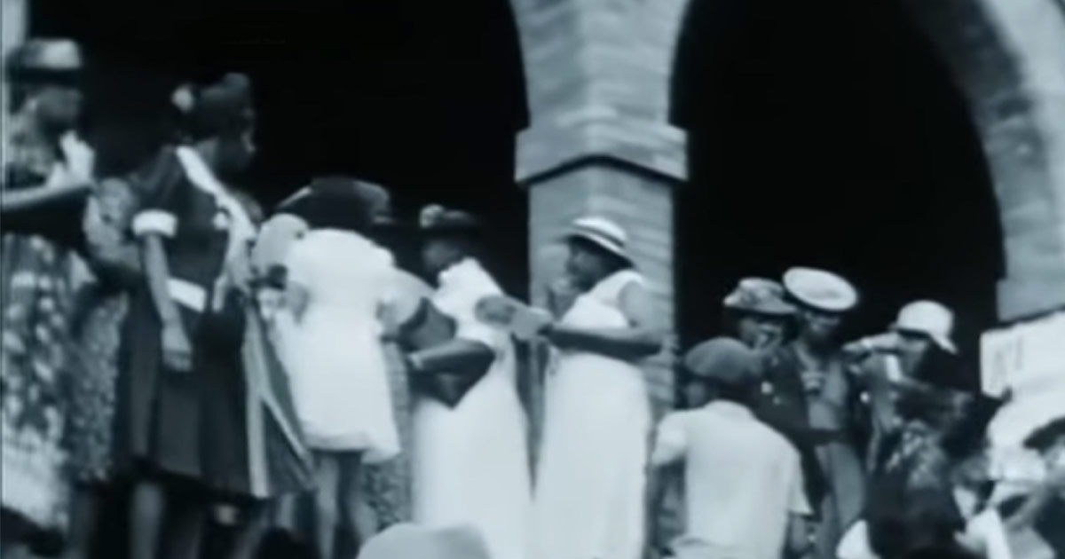 A crowd forms to line up for a performance by Sister Rosetta Tharpe